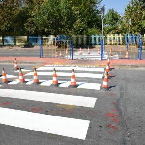 До 15 септември ще са подновени пешеходните пътеки и маркировката около училищата в общината
