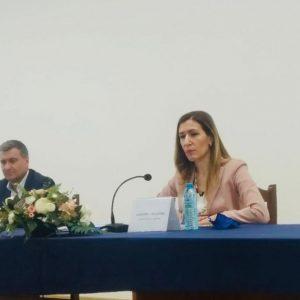 Николина Ангелкова във Велинград