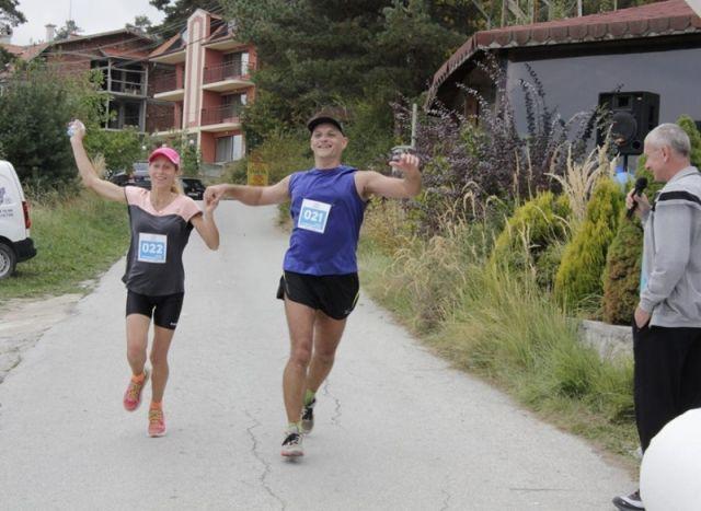 Ротари маратонът пак събра бегачи край язовир Батак