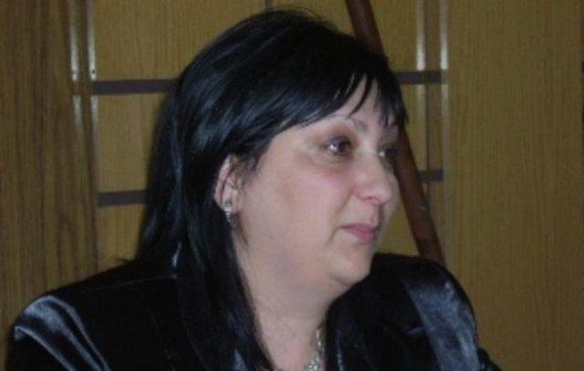Емилия Еленкова