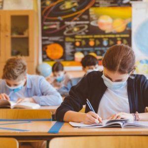 МОН с препоръки заради Ковид-19, има училище от област Пазарджик, което учи изцяло онлайн